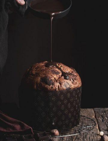Panettone artigianale al cioccolato e glassa