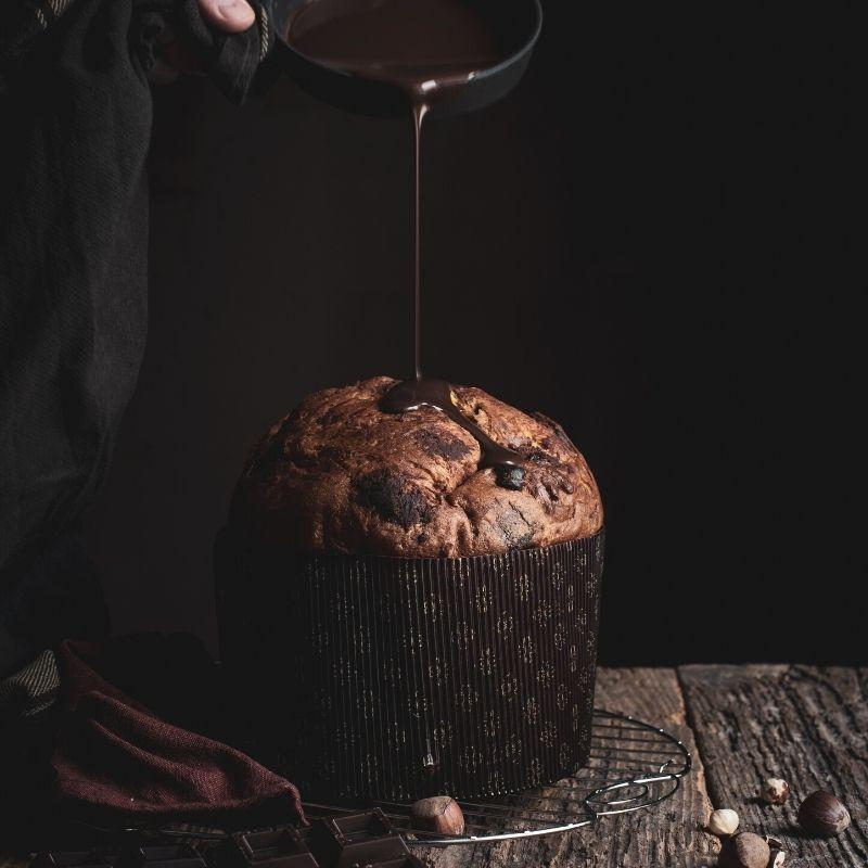 panettone al cioccolato con glassa
